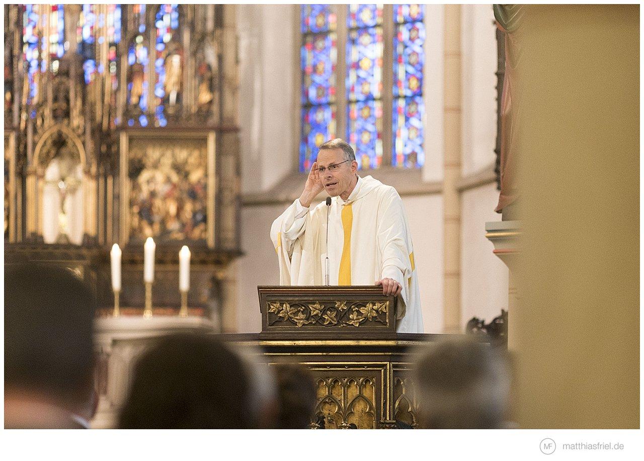 100% geräuschlose Fotografie möglich – z.b. in der Kirche