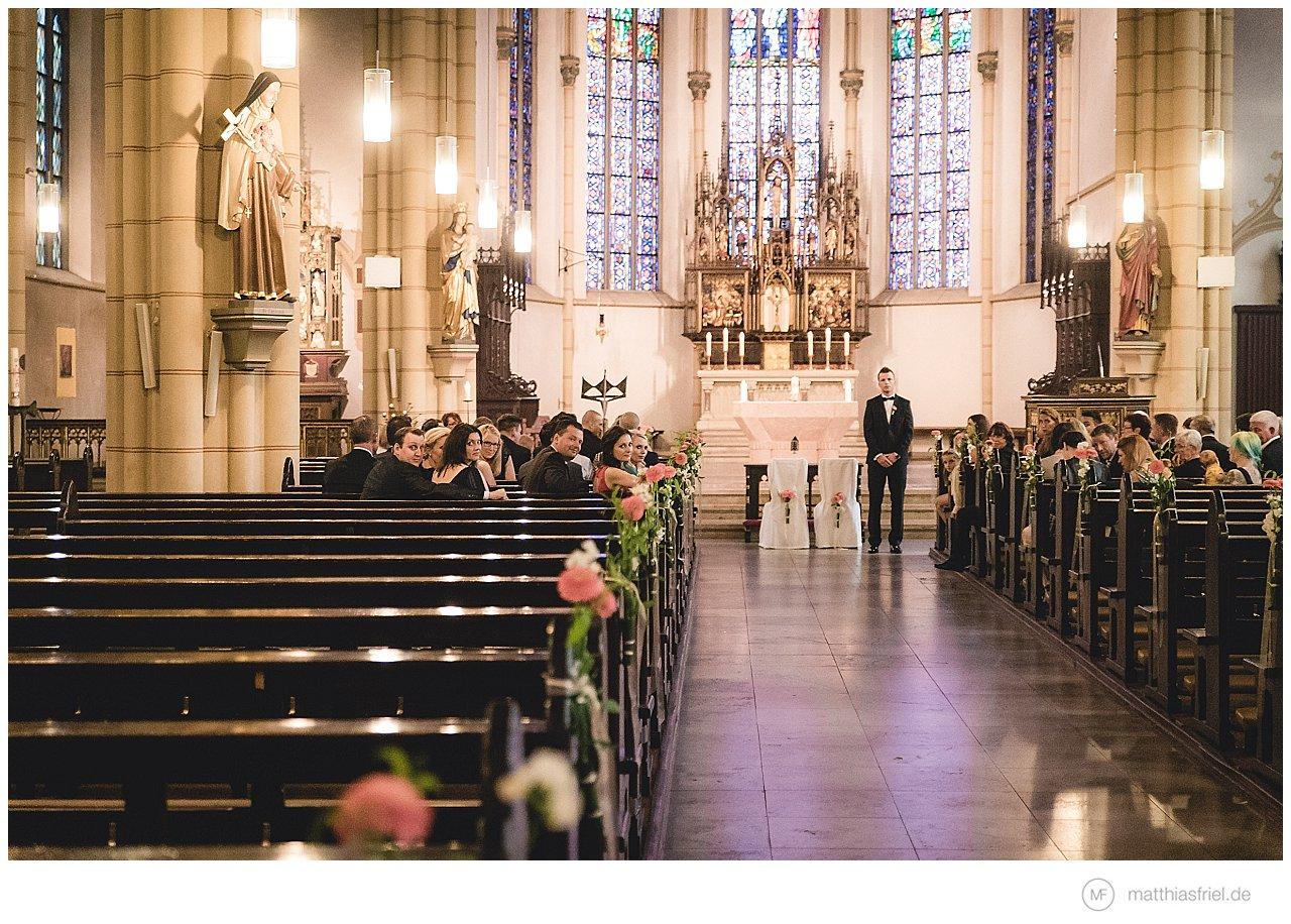hochzeit-hamburg-alster-lounge-St-Sophien-Kirche_0010
