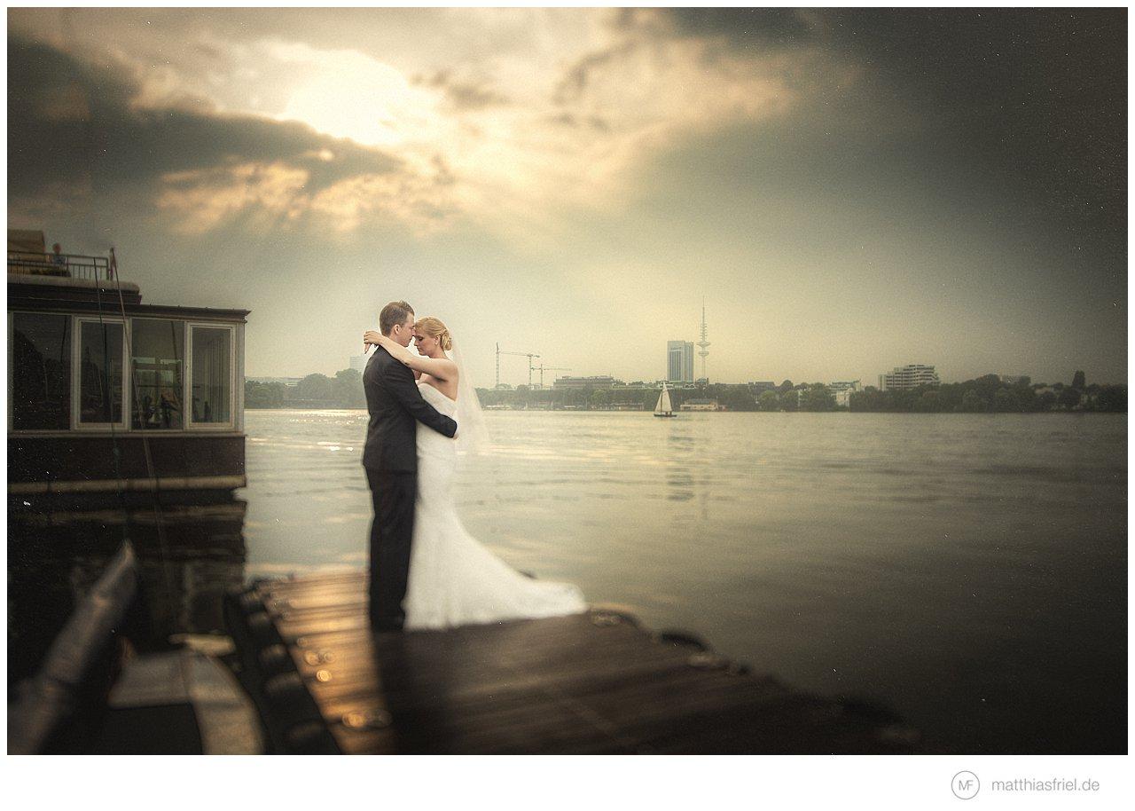 Hochzeit-Hamburg-St.-Sophien-Kirche-Alster-Lounge-Daria-Patrick
