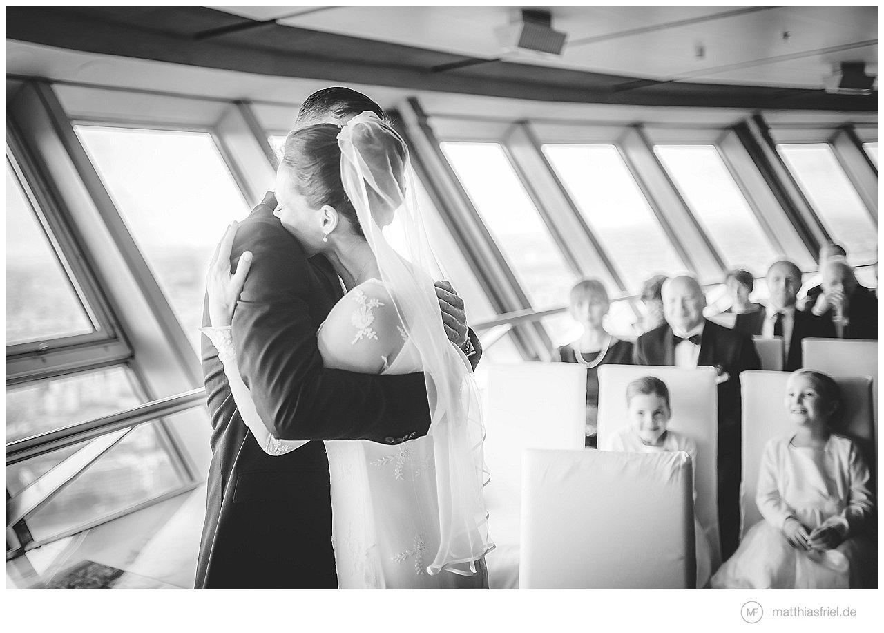 Hochzeit auf dem Fernsehturm in Berlin am Alex und im Soho House