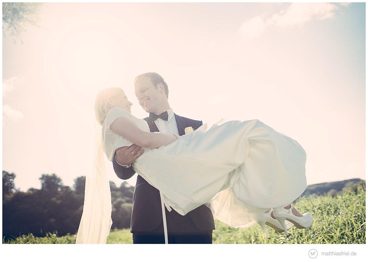 Hochzeit von Tini und Christian an der Elbe