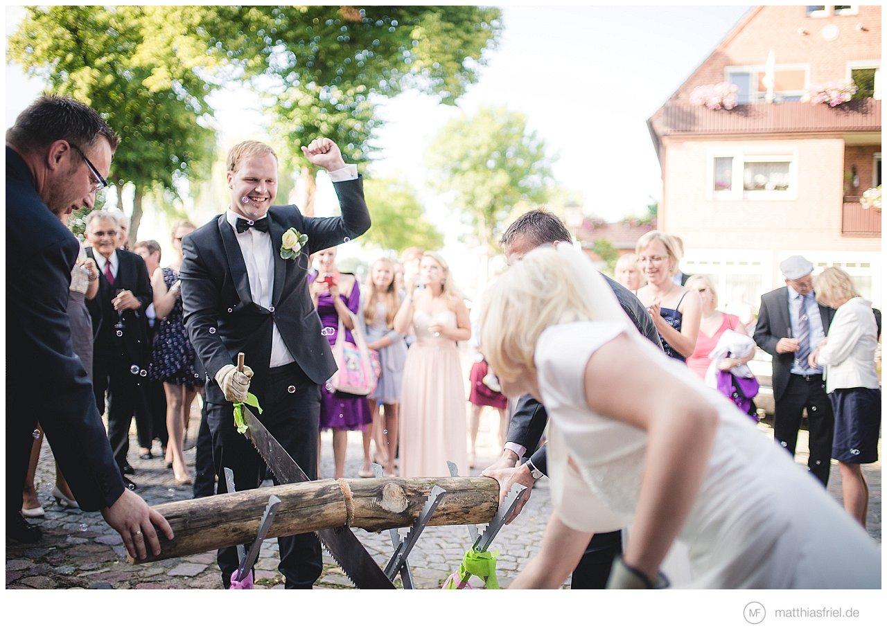 hochzeit-doemitz-elbbruecke-hitzacker-tini-christian-matthias-friel_0022