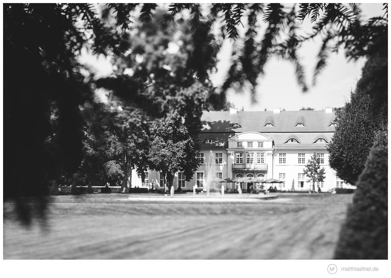 hochzeit-schloss-hasenwinkel-mecklenburg-laura-alex-matthias-friel_0002