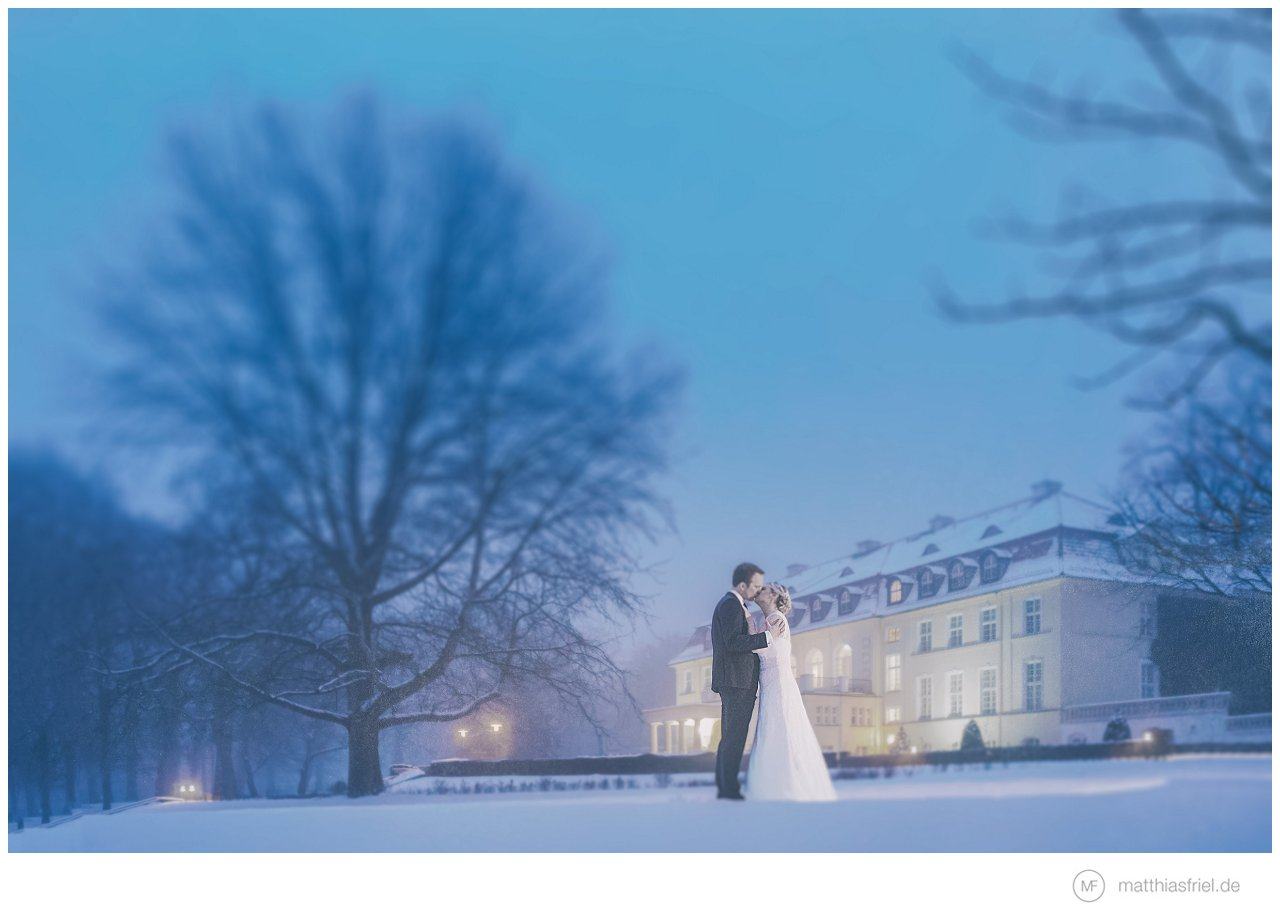 Winterwonderland Hochzeit im Schnee auf Schloss Hasenwinkel