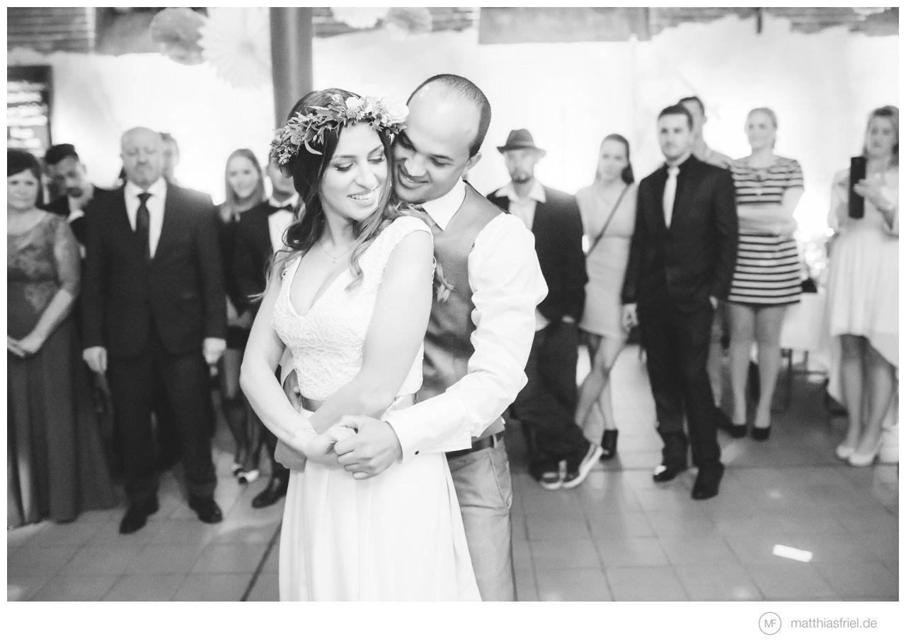 schwungvolle DIY Hochzeit bei Wolfsburg & Braunschweig Inga & Leo